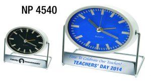 NP4540: Swivel Alarm Clock